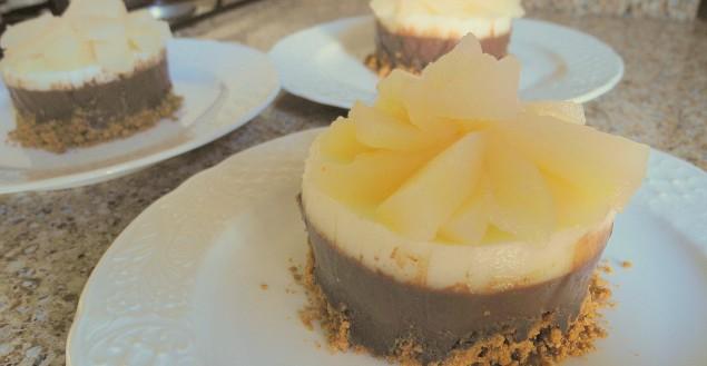 bavarois poire chocolat la recette de dessert feuille de. Black Bedroom Furniture Sets. Home Design Ideas