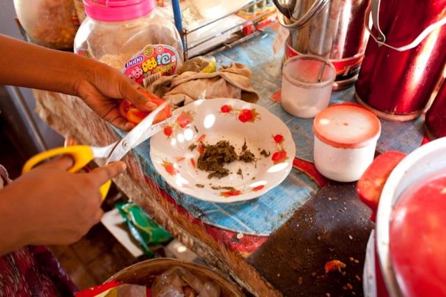 Etape 1 -salade-aux-feuilles-de-the-feuilledechoux