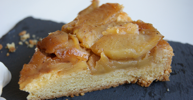 tarte tatin recette de tarte aux pommes caram lis es et sabl feuille de choux. Black Bedroom Furniture Sets. Home Design Ideas