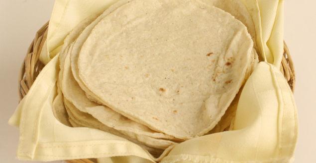 Recette de la tortilla mexicaine simplifi e feuille de choux - Comment faire des tortillas ...