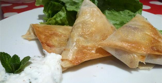 Samoussas au poulet à l'indienne - Feuille de choux