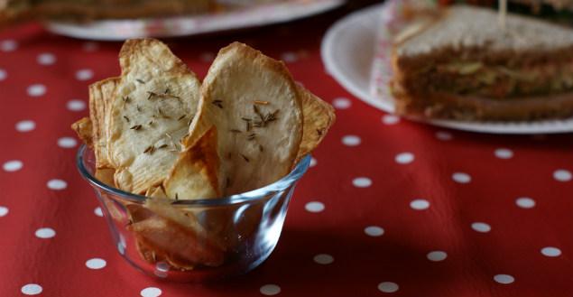 Chips au cumin pour un pique-nique savoureux! Feuille de choux