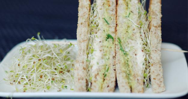 Club sandwich aux légumes - Feuille de choux