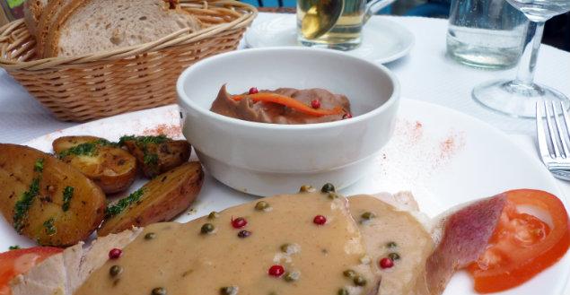 Restaurant Paris, un été en pente douce - Feuille de choux